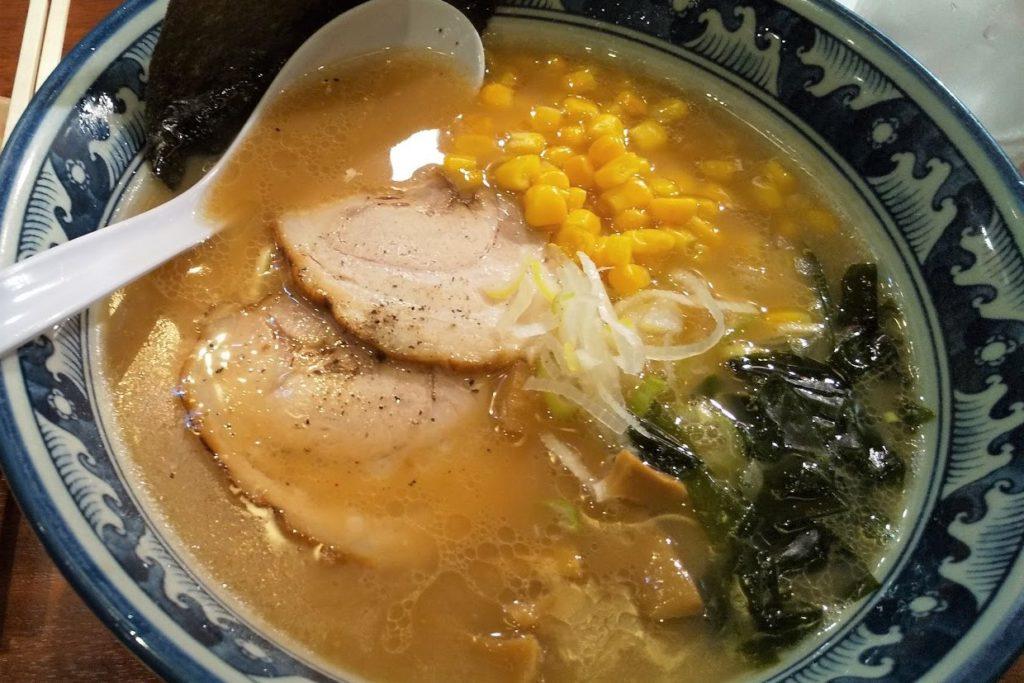 鶴亀屋醤油ラーメン