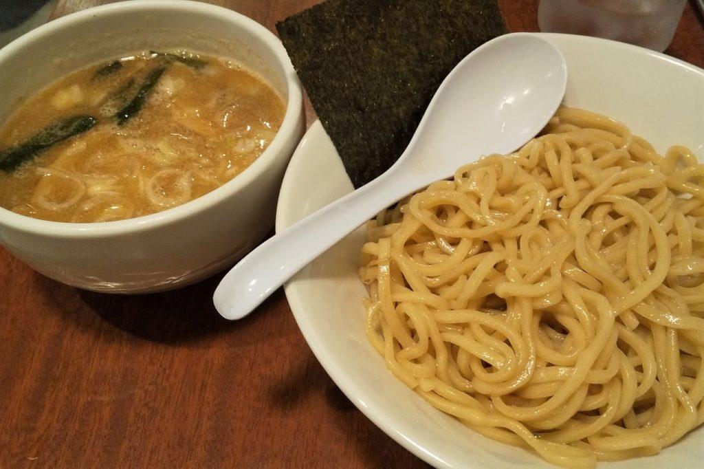 鶴亀屋のつけ麺
